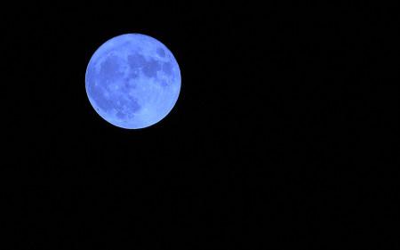 once-in-a-blue-moon_turf-merchants